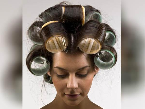बालों को कर्ल करने के लिए हीट नहीं बल्कि रोलर का करें इस्तेमाल, हेयर वॉल्यूम के लिए जानें स्टेप-टू-स्टेप गाइड