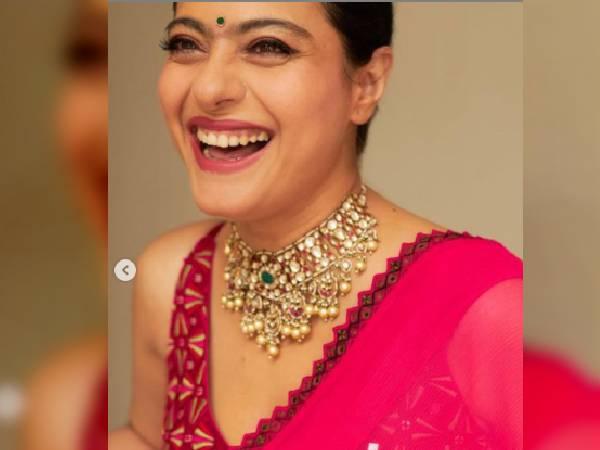 दुर्गा पूजा में काजोल ने पहनी पिंक साड़ी, फेस्टिव लुक के लिए आप भी कर सकते हैं कैरी