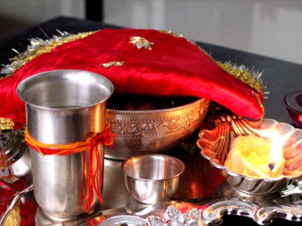 Karwa Chauth Vrat: सरगी में खाएं  जरुर ये चीजें, नहीं लगेगी भूख और प्यास
