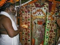 डॉक्टर हनुमान का मंदिर, कैंसर जैसे  रोगों का करते हैं ईलाज