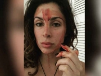 ये औरत पीरियड के ब्लड से पेंट करती है अपना चेहरा, कहती है..