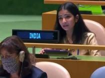 जानें कौन है स्नेहा दूबे जिसने UN में रखा भारत का पक्ष