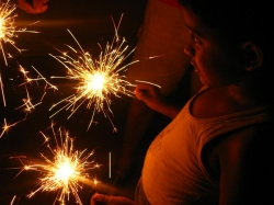 Adult Supervision Tips Parents This Diwali