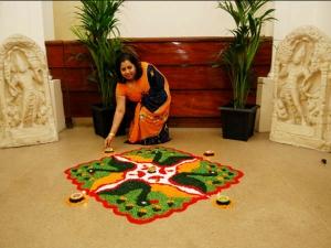 Why Hindus Draw Rangoli