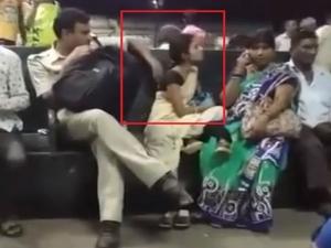 शर्मनाक! रेलवे स्टेशन पर महिला के साथ छेड़छाड़ करते हुए पुलिसवाले का वीडियो हुआ वायरल