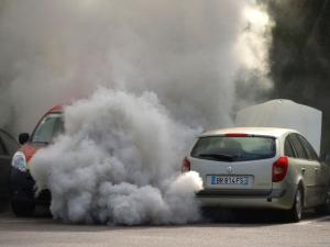त्वचा पर क्या पड़ता है वायु प्रदूषण का असर