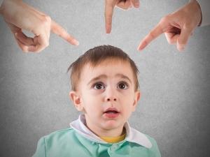 दो साल की उम्र में ही इन लक्षण को देख कर ऑटिज्म का पता लगाएं