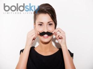 इन वजहों से महिलाओं के चेहरे पर आ जाते है अनचाहे बाल