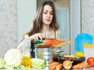 इन किचन टिप्स से समय बचाएं और बढ़ाएं खाने का स्वाद