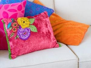 Tips Clean Cushions Aid