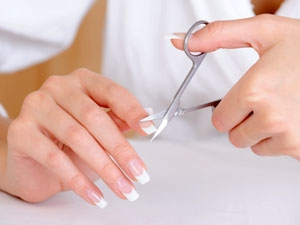 Cutting Nails Properly Nail Care Aid
