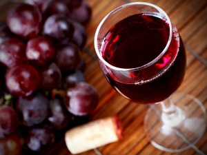 Antioxidant Red Wine Chocolate Fails Reduce Cancer