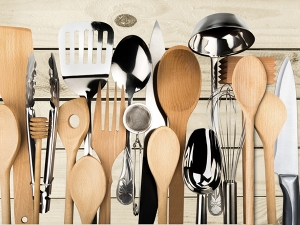 Tips Clean Wooden Kitchen Utensils