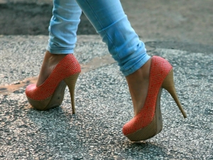 Fashion Fact How Did High Heels Come Into Being 008231