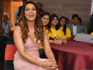 Gorgeous Bipasha Basu A Beautiful Pink Lace Dress