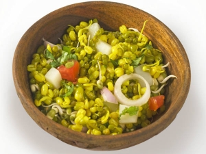 Health Benefits Of Moong Dal Sprouts