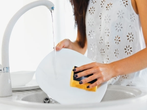 Steps To Wash Dishes With Hand