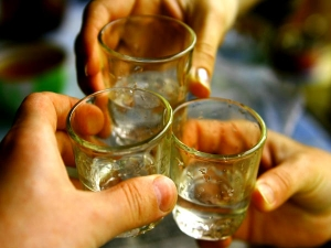 If You Drink Alcohol On Regular Basis You Need Read This