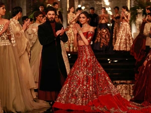 Deepika Padukone At India Couture Week Manish Malhotra Lehenga