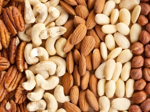 What Is The Exact Number Nuts That You Should Be Eating Day