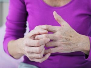 Surprising Arthritis Symptoms That Every Woman Needs Know