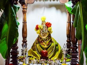 Ashtalakshmi Stotra To Chant On Akshaya Tritiya