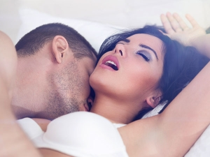 5 Better Ways Please Your Woman Bed