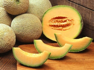 Benefits Of Muskmelon On Skin And Hair