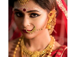 Significance Solah Shringar An Indian Hindu Bride