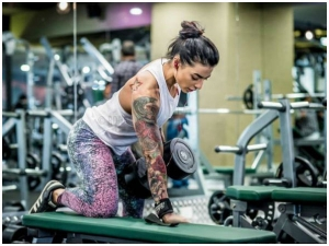 Vj Bani Lifts Weight The Gym Like Boss Here S How It Can Help Women