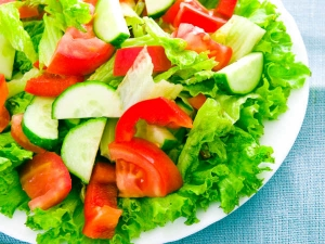 Should You Eat Salad Breakfast