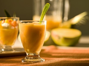A Low Fat Mango Smoothie Recipe That Ll Make Your Skin Glow