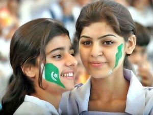 Pakistani Beauties Present During The Cricket Match Who Blew Indians Away