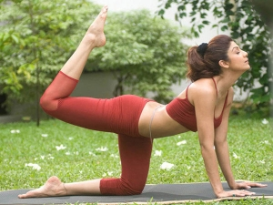 These Simple Yoga Tips Are Shilpa Shetty S Secret An Amazing Body