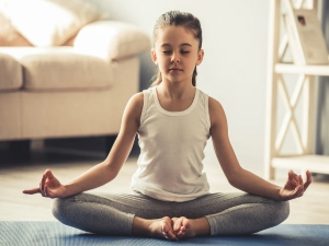 What Is The Right Age To Start Yoga Asanas For Beginners
