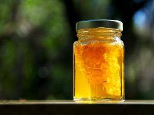 6 Amazing Benefits Honey Pregnant Women