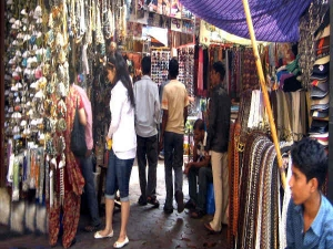 Delhi Famous Sarojini Nagar Market Is Now Online