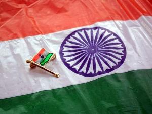How The Indian National Flag Tiranga Came Its Present Design