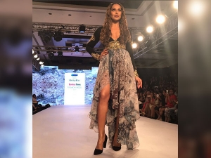 Btfw 2017 Bipasha Basu S Showstopper Look Would Give You Serious Goals