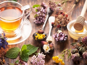 Herbal Tea Rinses For Hair Growth And Strength