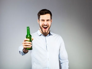 Here Is The Reason How Drinking Beer Makes You Feel Happy