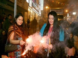 Dos Don Ts Enjoy Asthma Free Diwali This Year