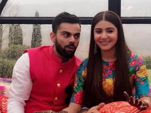 Virat Kohli Anushka Sharma S Mehendi Pictures Are Too Good