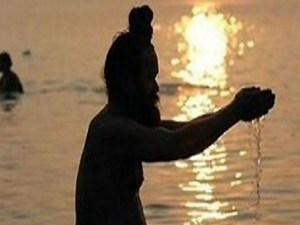 Common Vaastu Errors While Offering Water Sun