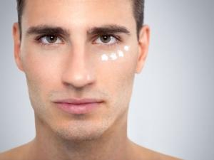 Home Remedies Treat Under Eyes Dark Circles Men