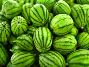 Watermelons Weight Loss 3 Reasons Load Up On The Fruit
