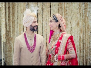 Sonam Kapoor Anand Ahuja Tie The Knot An Anand Karaj Ceremony What Is Anand Karaj
