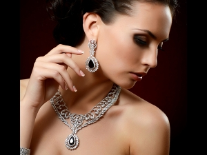 Gemstone Facials Youthful Skin