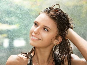 How Care Your Hair After Getting Drenched Rain