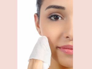 Benefits Usage Blotting Paper Makeup Kit
